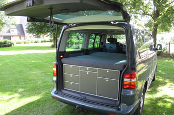 Mac Campingbox / Camping Box in Volkswagen T5 Mini Camper.